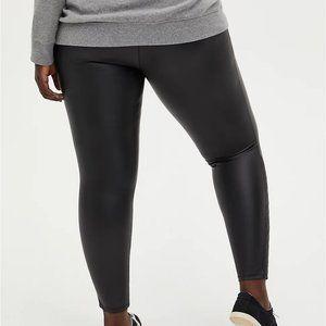 Torrid Platinum Legging Faux Leather Plus sz 4